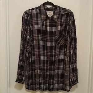 Style& Co black and white plaid button up shirt